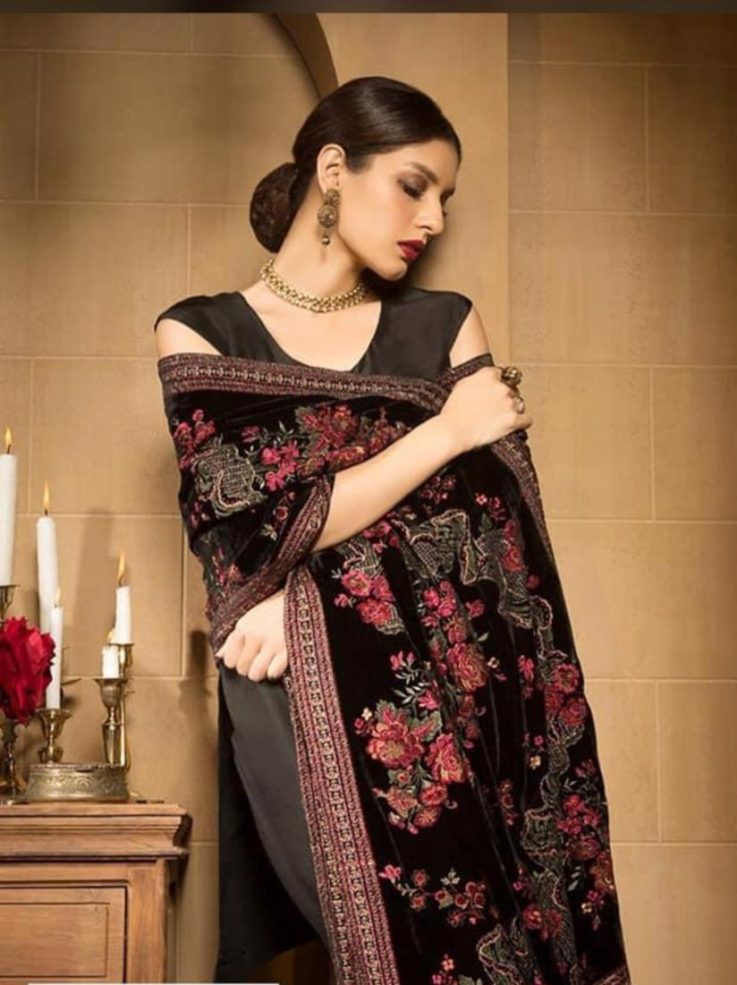 Fashionable Designer Velvet Shawl Master Copy 2019 Master Replica Pakistan